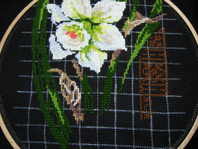 Панели от Риолис Иринсы и Нарциссы - схема вышивки