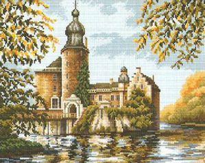 Вышивка крестом старинных замков
